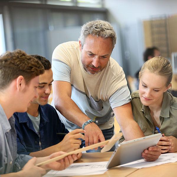 teachers-studenti-lavoro